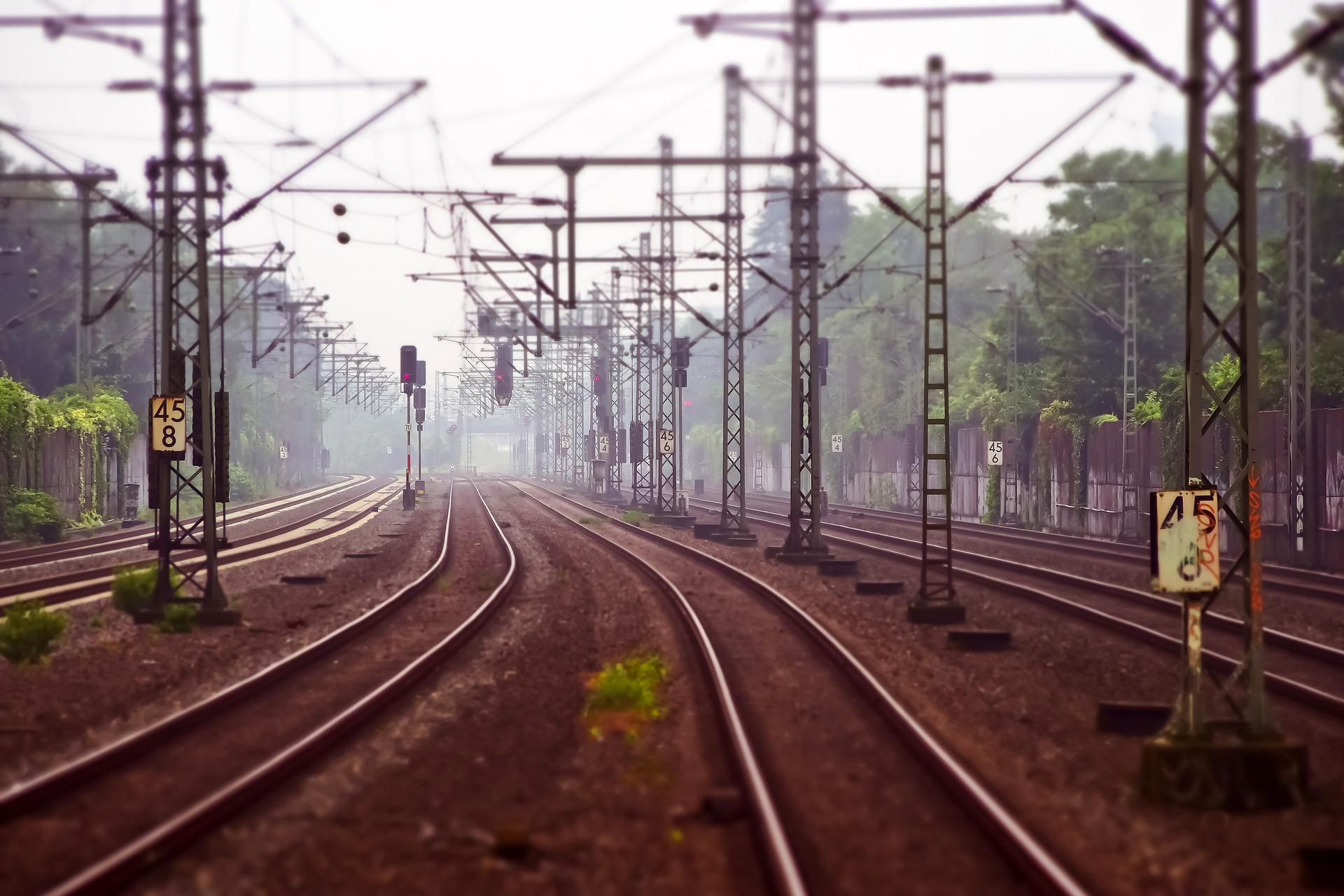 SAMO EAM Bahn